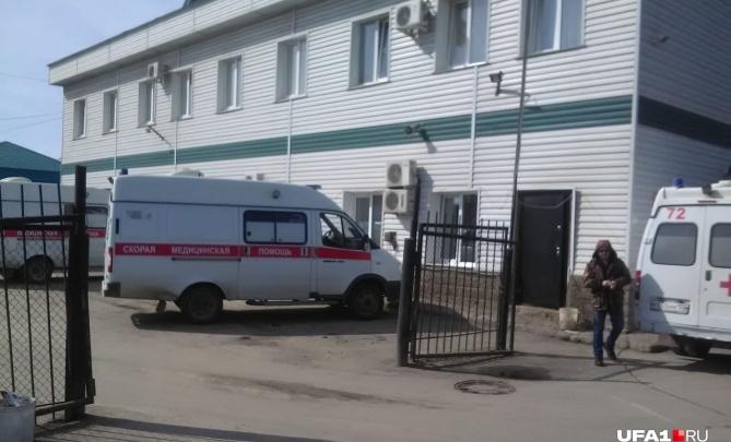 «Как всегда без зарплаты»: водители скорой помощи в Уфе пожаловались на свое руководство