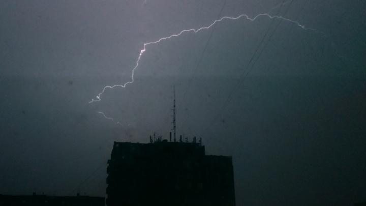 В ночь на 10 августа в Архангельске и ряде районов области ожидаются ливни и грозы