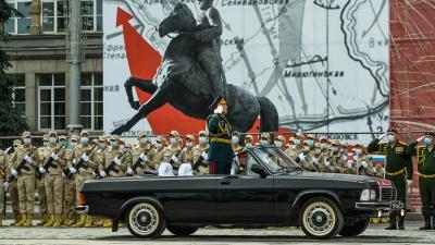 Ветераны посмотрят парад Победы с гостевой трибуны, но с одним условием: онлайн о COVID-19