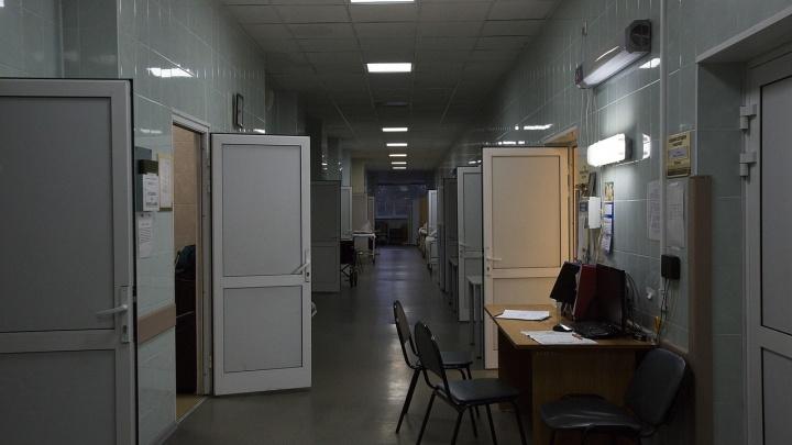 Четыре человека скончались от коронавируса в Новосибирской области — самому молодому было 32 года