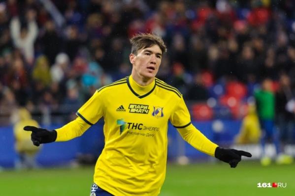 Зимой, по словам Германа Ткаченко, Шомуродова хотели купить команды из Германии