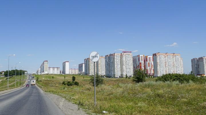 Длинные маршруты и узкая дорога: как в Суворовском живут в транспортном коллапсе