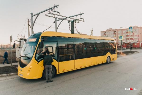 Зарядные станции для электробуса находятся на конечных остановках