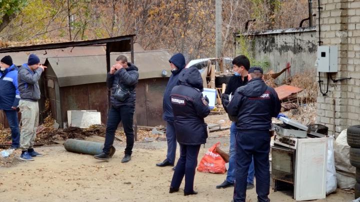 В снесенном на севере Волгограда гараже обнаружили боевую гранату