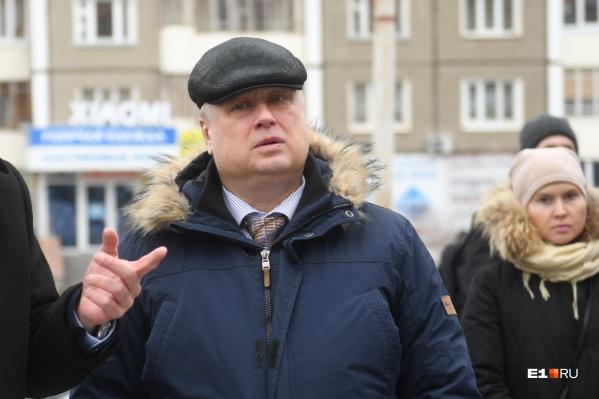 Александр Лошаков находится под следствием, но пока продолжает работать на своем посту