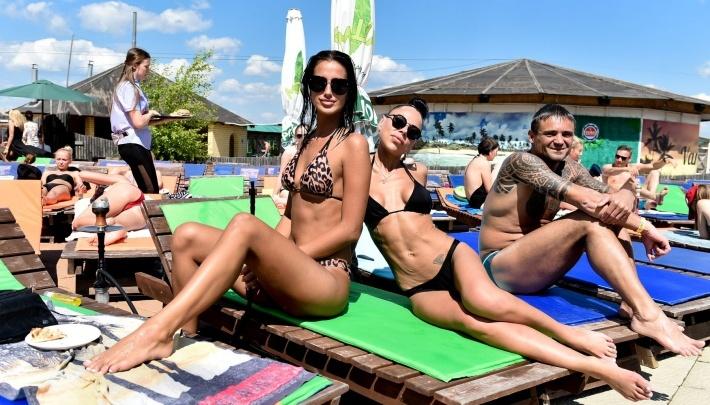 Золотые пляжи Екатеринбурга: где в городе недорого отдохнуть у воды и сделать лучшие селфи