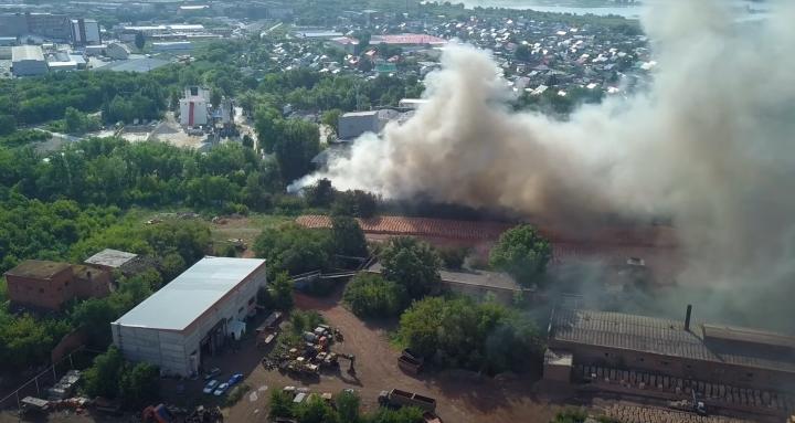 В Самаре озвучили предположительную причину гигантского пожара на складах