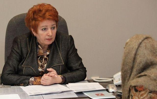 Экс-министра соцполитики оштрафовали за покупку чайников для ветеранов по завышенной цене. Она несогласна