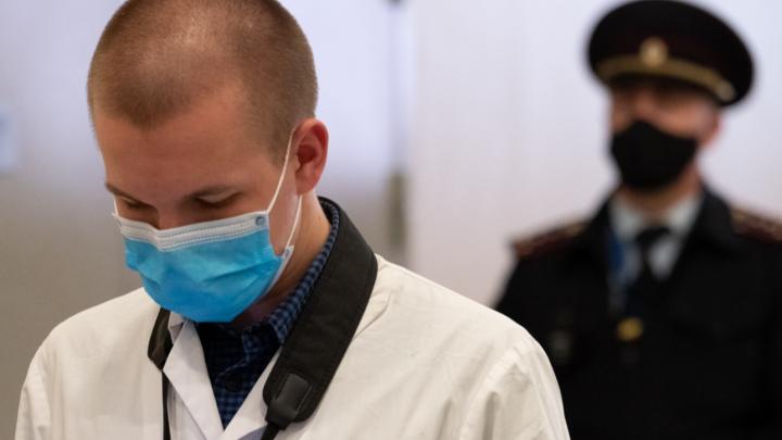 Василий Голубев рассказал, где ростовчане обязаны носить маски