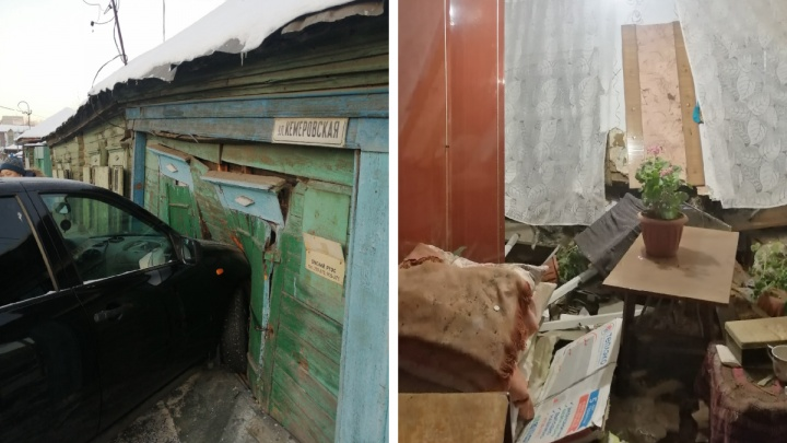 В Омске «Лада-Калина» пробила стену жилого дома, за которой в это время спали пенсионеры