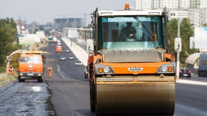 В Волгограде отремонтируют дороги 38 улиц: смотрим список
