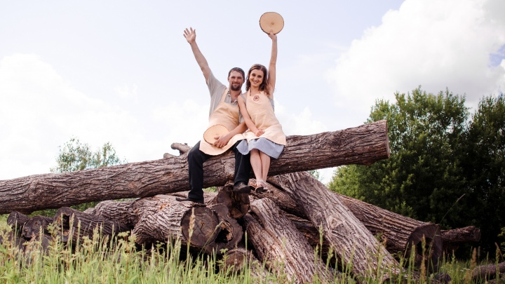 Как супруги из Перми открыли мастерскую «Сделано бобрами» и начали поставлять мебель из дерева по всему миру