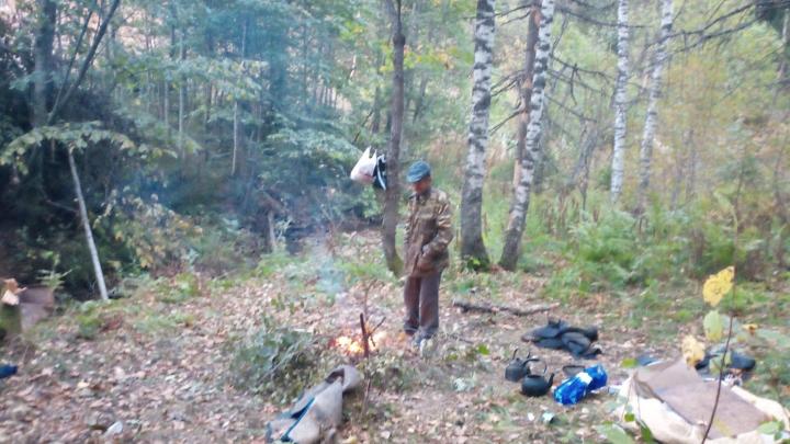 В Башкирии дальнобойщик живет три недели в лесу без еды и воды около разбитой фуры