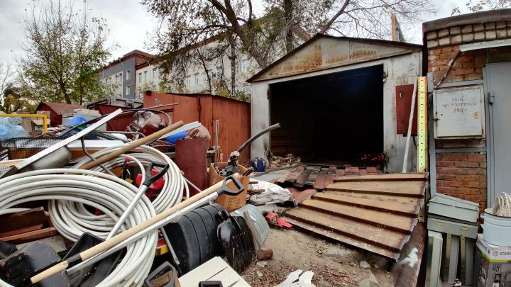 «Пивнушку снести невозможно, а гаражи — на раз»: волгоградец — о гаражном скандале на Нижних Баррикадах