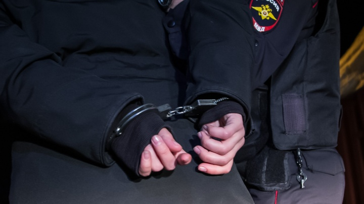 Задержанные в ХМАО террористы планировали взрыв на территории крупнейшего нефтяного месторождения