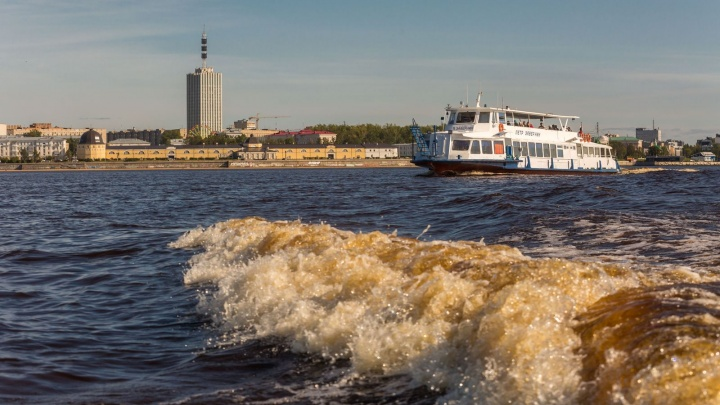 В Архангельске открыли пассажирскую навигацию