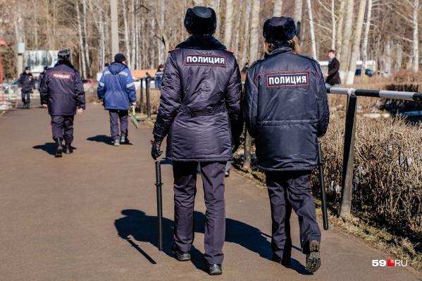 Улицы патрулирует полиция