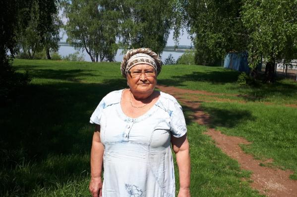 Милявше 65 лет, и она инвалид третьей группы. Женщина нуждается в операции