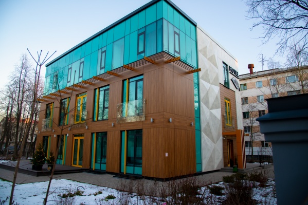 В числе выполненных проектов «Фасадных систем» в 2020 году — облицовка новой гостиницы BOTANICA