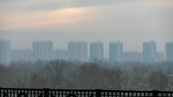 В дни НМУ в Красноярске нашли превышение по двум показателям, вызывающим болезни сердца