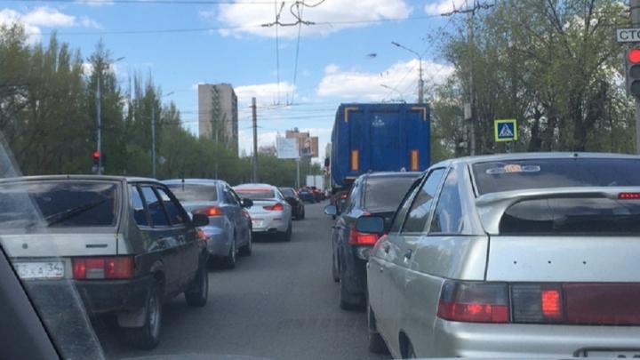 В Волгограде при режиме самоизоляции образовались пробки