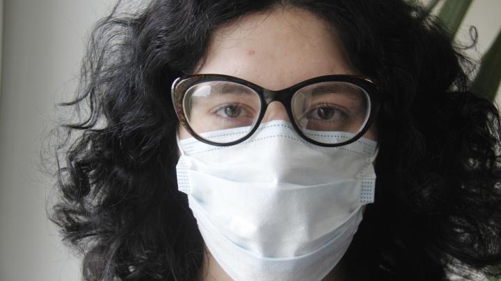 Медицинские маски завезли в аптеки Новосибирска — большую партию купили в Китае