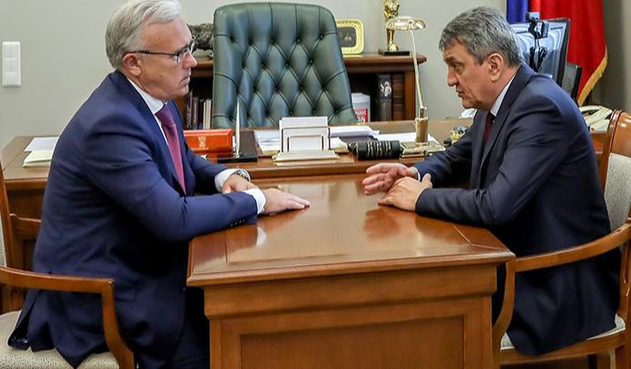 Полпред президента обсудил в Красноярске с губернатором эпидемию коронавируса в крае
