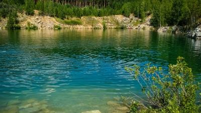 Мрамор и море: репортаж из красивейшего места в области. 3000 рублей — и изумрудное озеро ваше