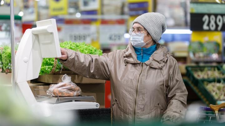 Закрыто всё, кроме продуктовых и аптек: власти усиливают меры по борьбе с пандемией в Омске
