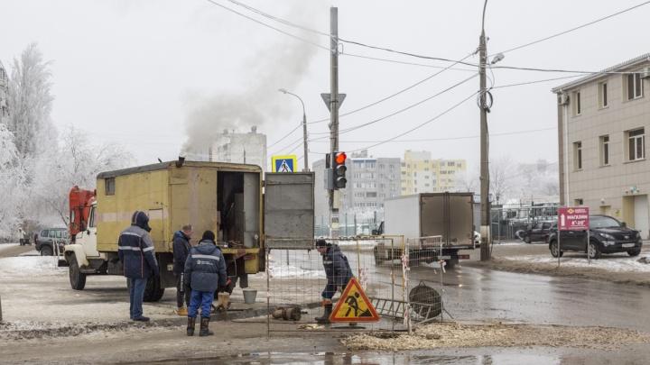 «Это такой подарок?»: Краснооктябрьский район Волгограда готовится встречать Новый год без воды