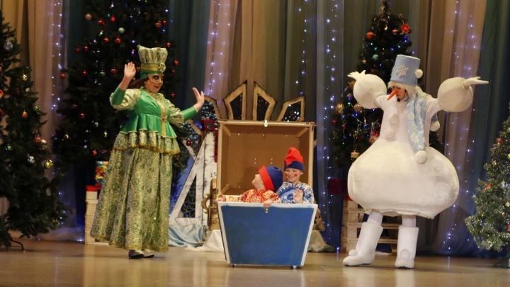 Новогодние мероприятия для детей запретили в Архангельской области. Но есть исключения