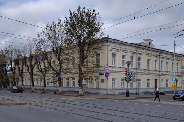 В департаменте образования говорят, что новый корпус гимназии № 17 построят даже при другом директоре