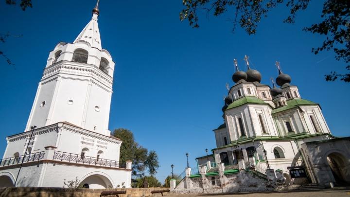 Храмы, казаки и Дон: фотоэкскурсия по осеннему Старочеркасску
