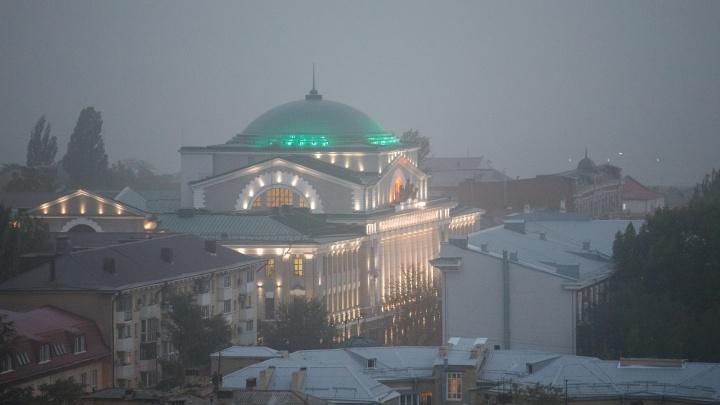 Ростов-на-Дону опять накрыло пылью. Фоторепортаж 161.RU