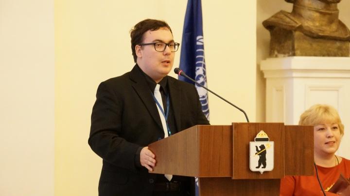 «Сын уже умер, а тест на COVID-19 еще не готов»: в Ярославле скончался студент вуза