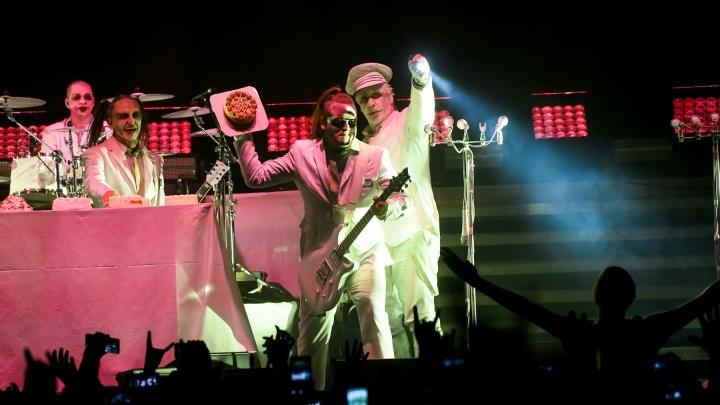 «Просили Бузову, чтобы не отменяла концерт»: как пандемию переживает культурная сфера Екатеринбурга