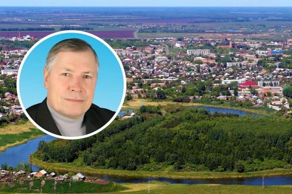 В Калачинске Михаил Анисимов долгие годы занимал руководящие должности