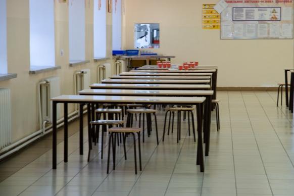 Новосибирским школьникам на дистанционке собираются вернуть сухпайки