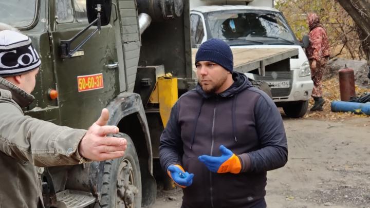 «Будет битва не на шутку»: горожане продолжают сражаться за металл и гаражи с администрацией Волгограда