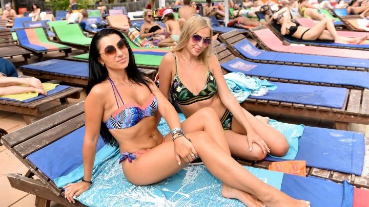 Доставайте купальники: выходные в Екатеринбурге будут жаркими