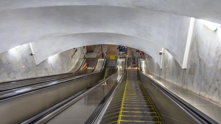 На одной из самарских станций метро проведут капремонт эскалаторов