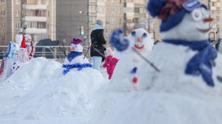Челябинцы налепили снеговиков и исполнили новогодние желания тысячи детей