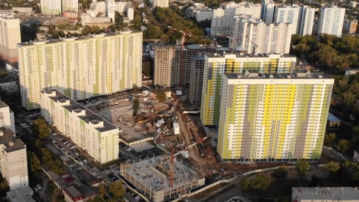 «Очередные человейники?»: на проспекте Карла Маркса началось строительство нового здания