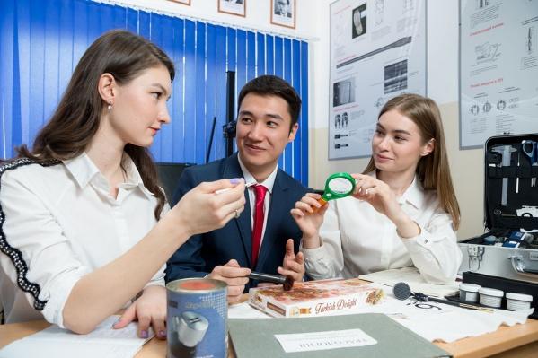 Уникальная учебно-лабораторная база Юридического института ЮУрГУ позволяет проводить комплексную подготовку будущих специалистов