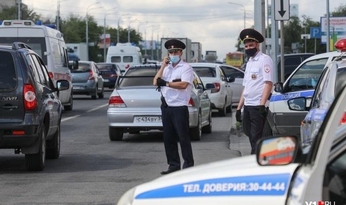 Полицейские на волгоградских трассах за день поймали 62 нарушителя: рассказываем, в чем провинились водители