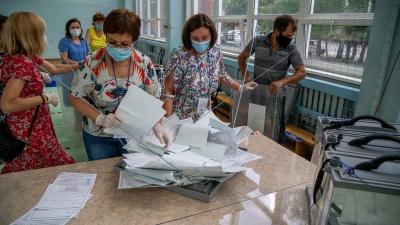 На избирательных участках в Новосибирске начали подсчёт голосов