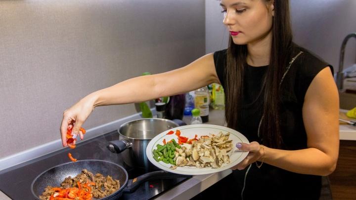 Горшочек, не вари. Диетологи рассказали, какая температура убивает витамины в еде