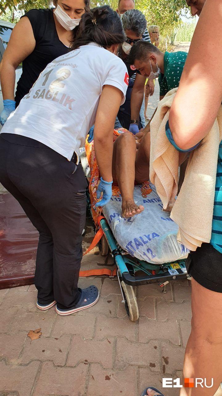 Одной из пострадавших потребовались носилки