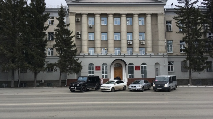 Сидеть дома обязали обязали и членов семей зауральцев, приехавших из Москвы и Санкт-Петербурга