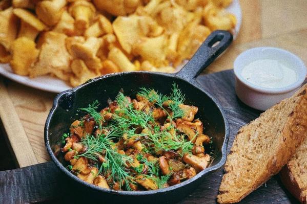 Блюда из лисичек приготовят в дюжине ресторанов Екатеринбурга